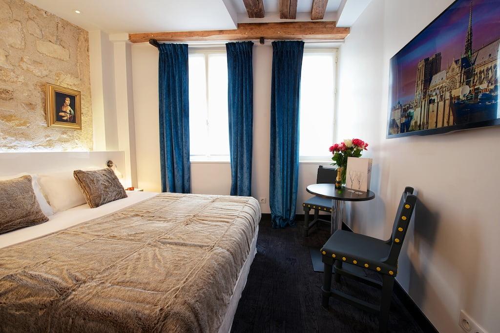 double room - hotel le clos notre dame - 3 stars hotel paris
